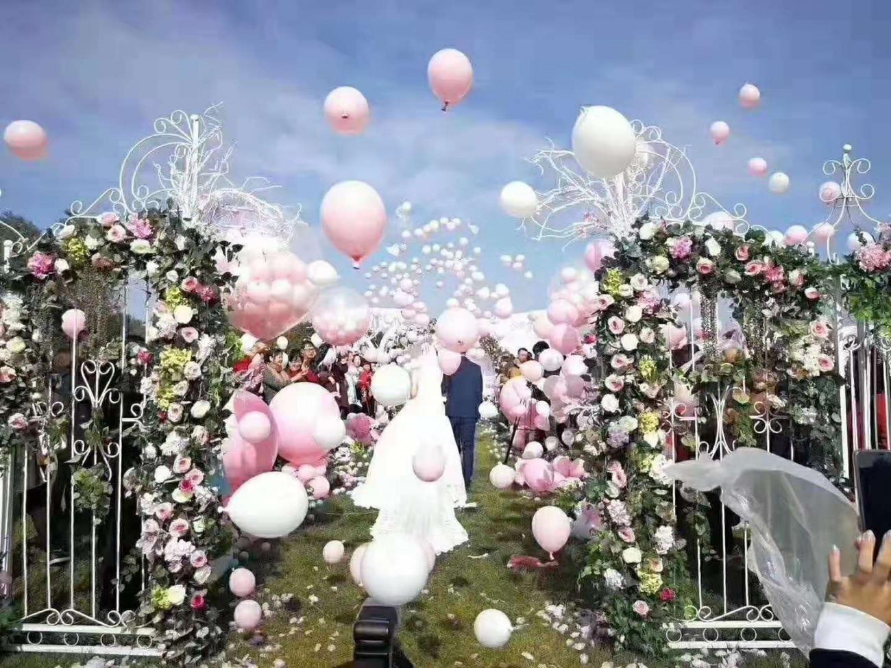 苏州筑展气球装饰布置婚礼求婚告白天爆球地爆球