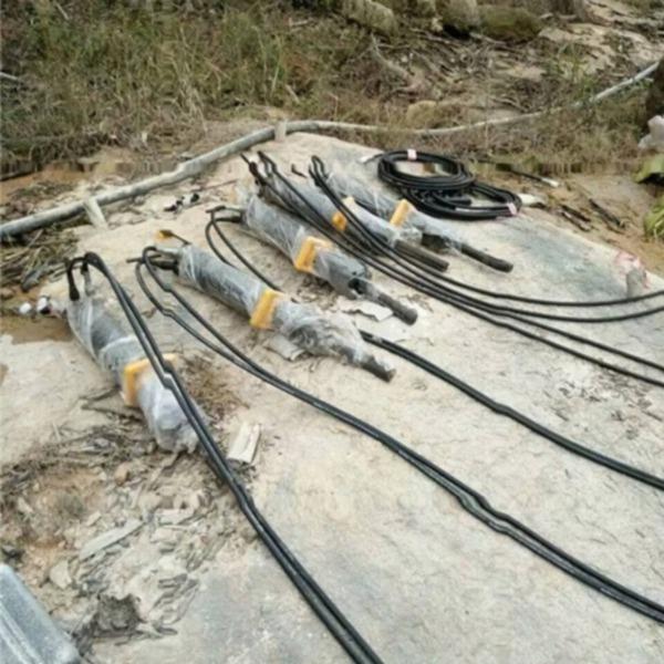 鉤機開山鉤石頭太慢用什么打石劈裂棒黑河綏化裝置配件